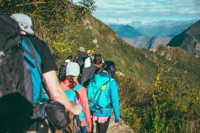 Viajar solo por empresas de viajes grupales